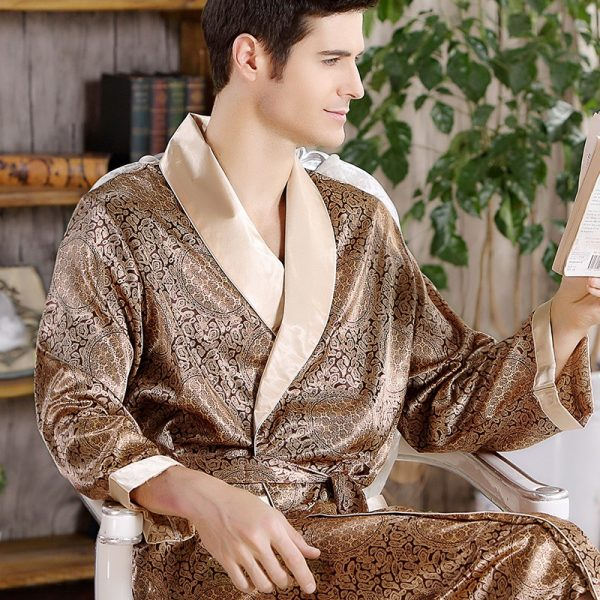 2018 New Spring Autumn Luxury Bathrobe Mens Print Plus Size Silk Satin Pajamas Kimono Summer Male
